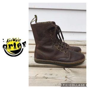 Dr. Martens Leyton Boots